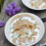 Ravioles de langoustines, crème à la fêve tonka