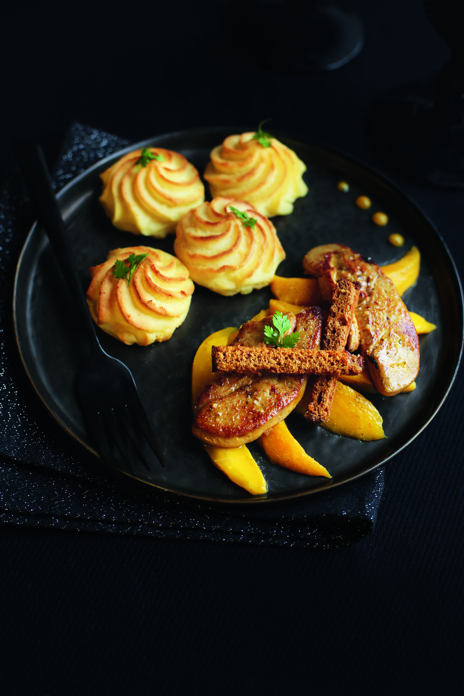 escalopes de foie gras po l mangue r tie la vanille stephatable. Black Bedroom Furniture Sets. Home Design Ideas