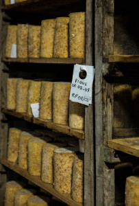 fourme montbrison   fromagerie hautes chaumes